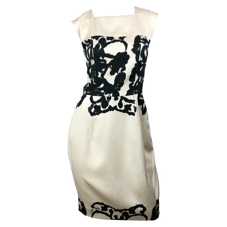 New Yves Saint Laurent Size 42 / 8-10 Ivory and Black Abstract Print Silk Dress For Sale