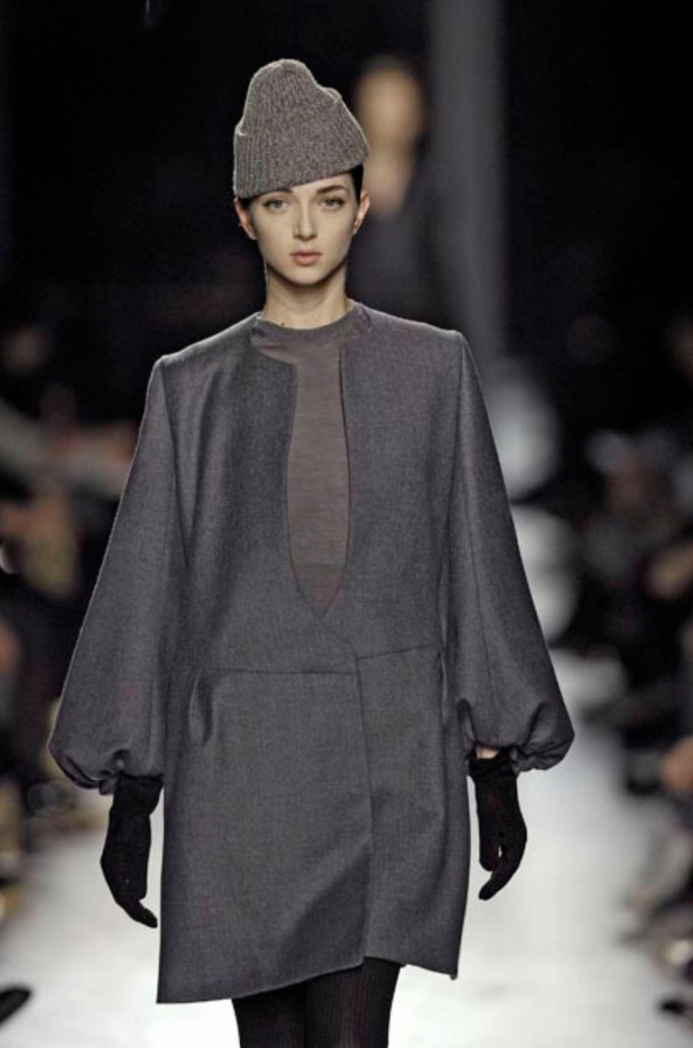 New Yves Saint Laurent  F/W 2007 Runway Wool Cashmere Coat Dress Sz 40 In New Condition For Sale In Leesburg, VA