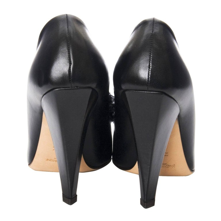 New Yves Saint Laurent YSL S/S 2005 Heels Pumps Sz 38.5 Worn in Rare Banned Ad For Sale 7