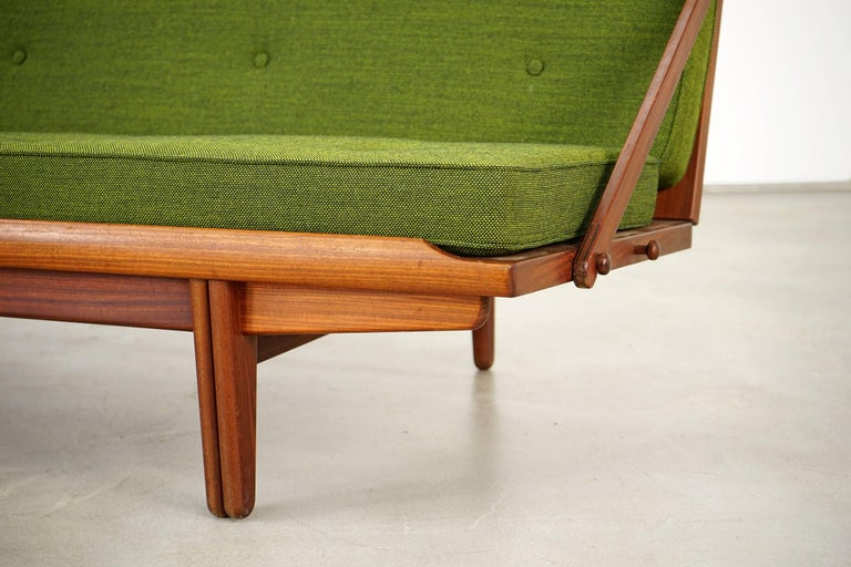 Newly Upholstered Daybed by Poul M. Volther for Frem Røjle, 1950s For Sale 8