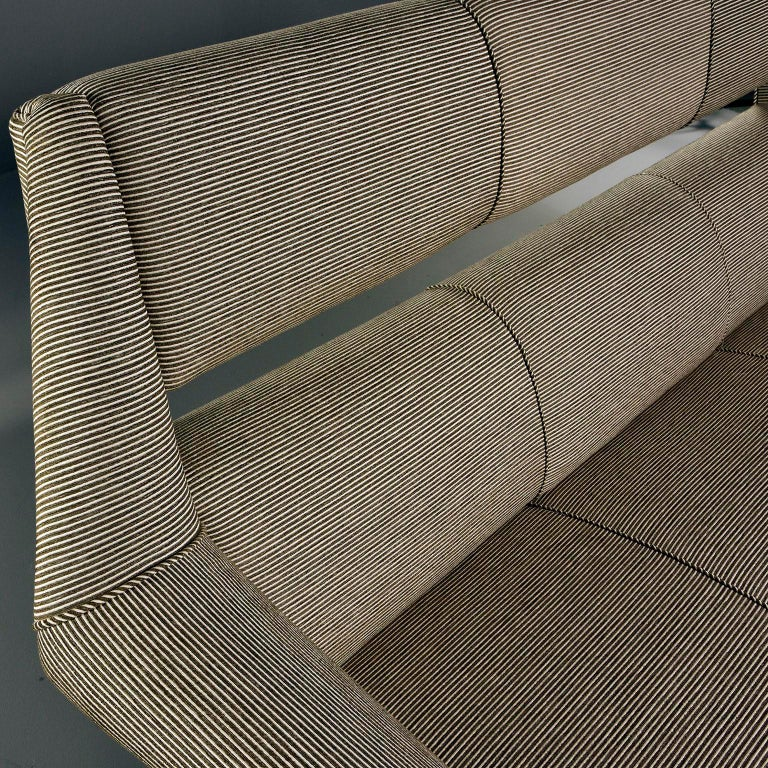 Metal Newly Upholstered Midcentury Settee or Sofa by Gigi Radice for Minotti For Sale