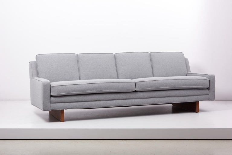 Mid-Century Modern Newly Upholstered Sofa by Harvey Probber, US, 1950s For Sale