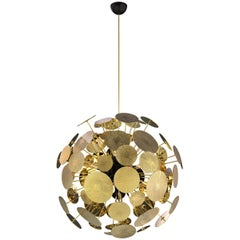 Newton Chandelier in Aluminum and Gold-Plated Brass by Boca do Lobo
