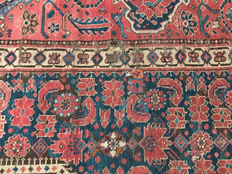 Nice Antique Long Beshir Afghan Rug In Distressed Condition For Sale In Saint Ouen, FR