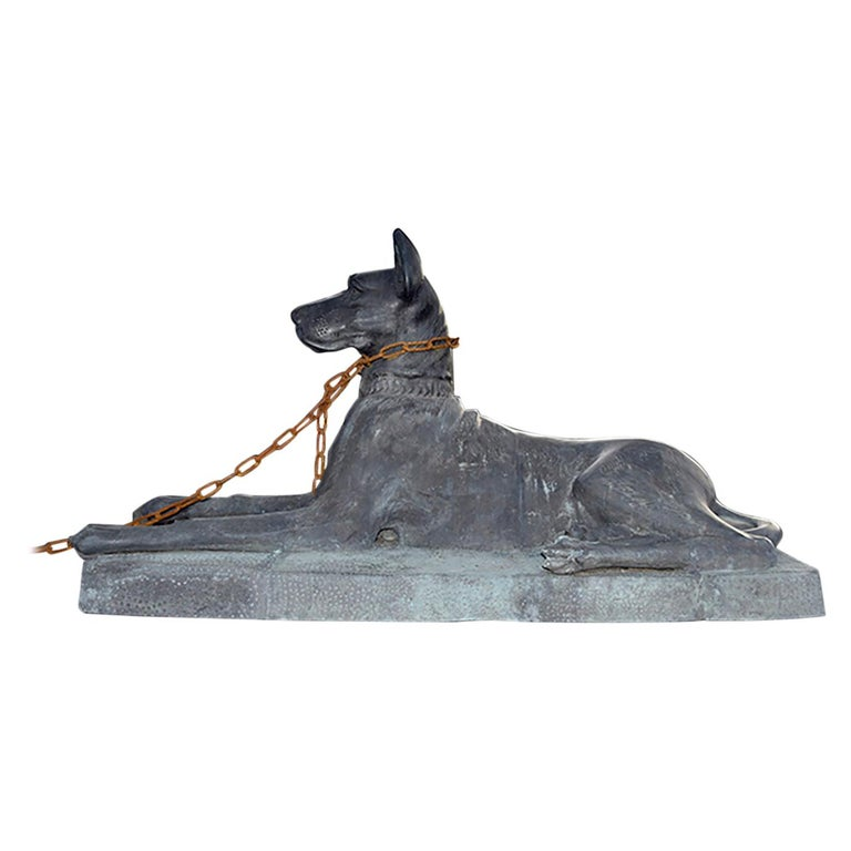 Nice Dog Statue, 20th Century For Sale