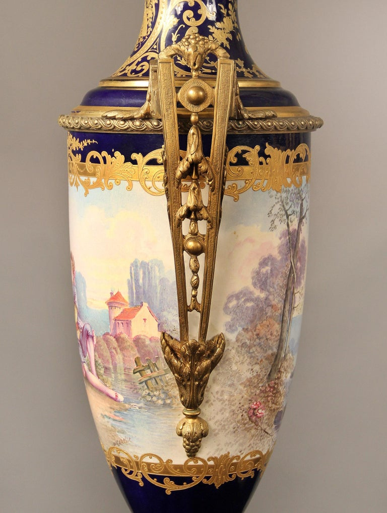 French Nice Pair of Late 19th Century Gilt Bronze Mounted Sèvres Style Porcelain Vases For Sale