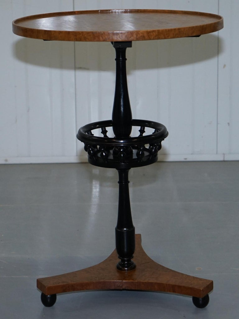 Hand-Crafted Nice Pair of Restored Biedermeier Burr Walnut Side End Lamp Wine Tables Ebonized For Sale
