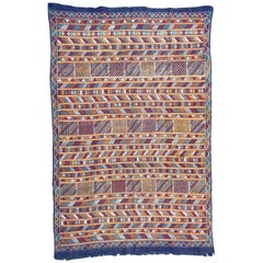 Nice Vintage Flat Silk Woven Moroccan Kilim Rug