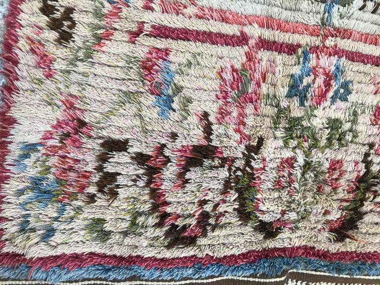 Nice Vintage Swedish Tapestry Design Runner For Sale 4