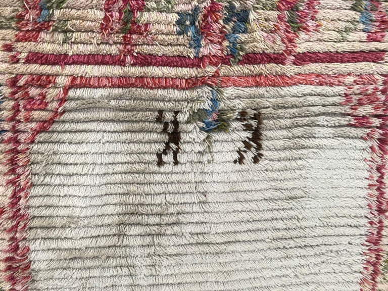 Very unusual and beautiful runner from Scandinavia, mid-20th century, with a design of a 18th century tapestries or carpets, entirely hand knotted with wool velvet on cotton foundation, in excellent conditions. Soft rug so can be used both as a