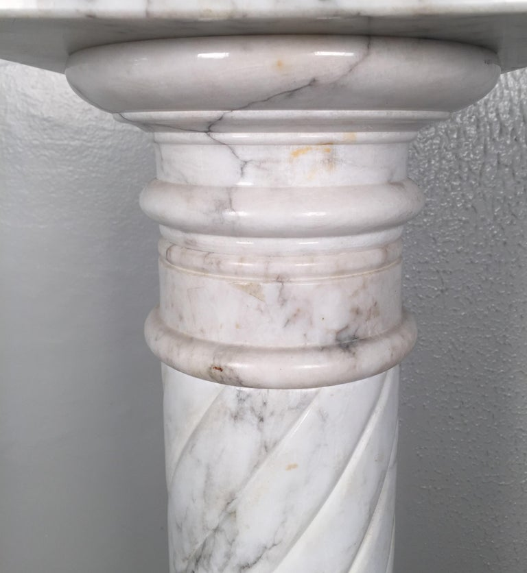 Early 20th Century Nice White Italian Marble Pedestal Made in Italy, circa 1910-1920 For Sale