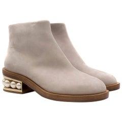 Nicholas Kirkwood Light Grey Suede Casati Pearl Ankle Boots  37