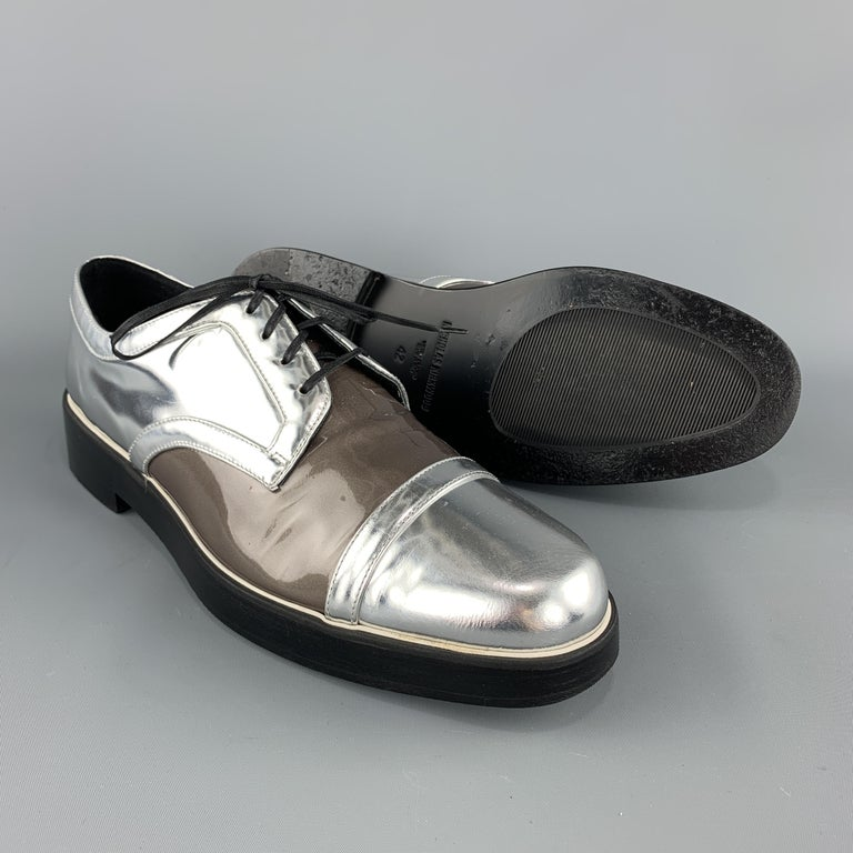 NICHOLAS KIRKWOOD Size 9 Silver & Taupe Leather Lace Up Derbys In Good Condition For Sale In San Francisco, CA