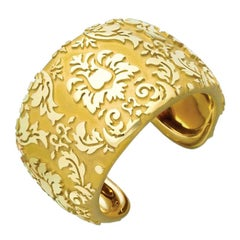 Nicholas Varney 18 Karat Yellow Gold Damask Cuff Bracelet