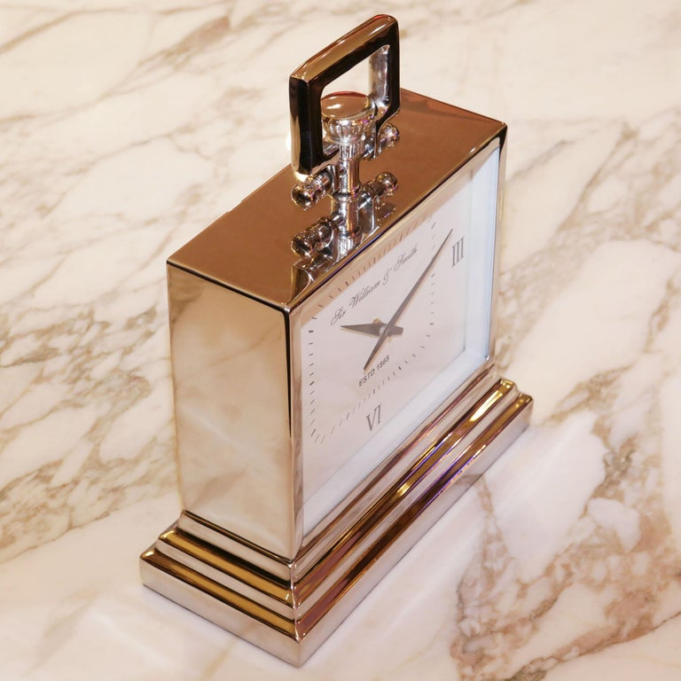 Nickel Desk Clock In New Condition For Sale In Paris, FR