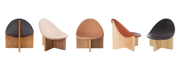 Nido Modern Lounge Chair, White Oak Base & Blush Leather seat by Estudio Persona For Sale 5