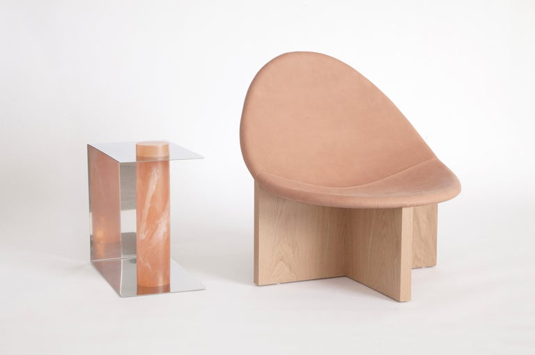 Nido Modern Lounge Chair, White Oak Base & Blush Leather seat by Estudio Persona For Sale 1