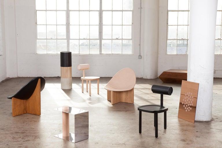 Nido Modern Lounge Chair, White Oak Base & Blush Leather seat by Estudio Persona For Sale 2