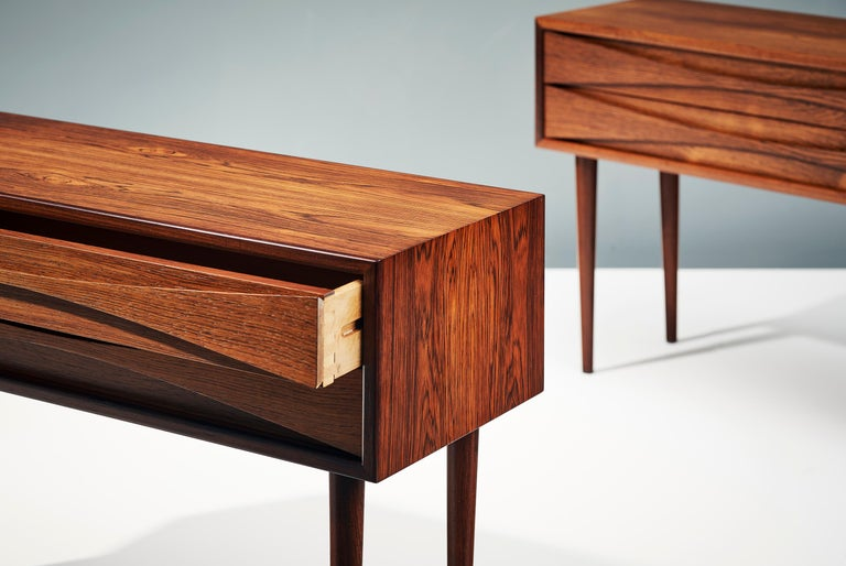 Niels Clausen Pair of 1960s Rosewood Bedside Cabinets In Good Condition For Sale In London, GB