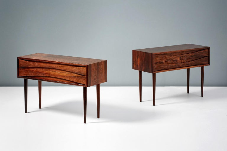 Scandinavian Modern Niels Clausen Pair of Rosewood Nightstands, circa 1960 For Sale