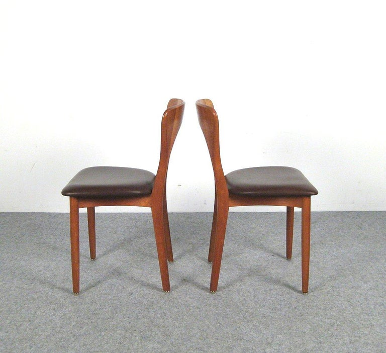 Niels Kofoed, 6 Chairs and Dining Table, Model Peter, Teak, Brown Leather For Sale 7