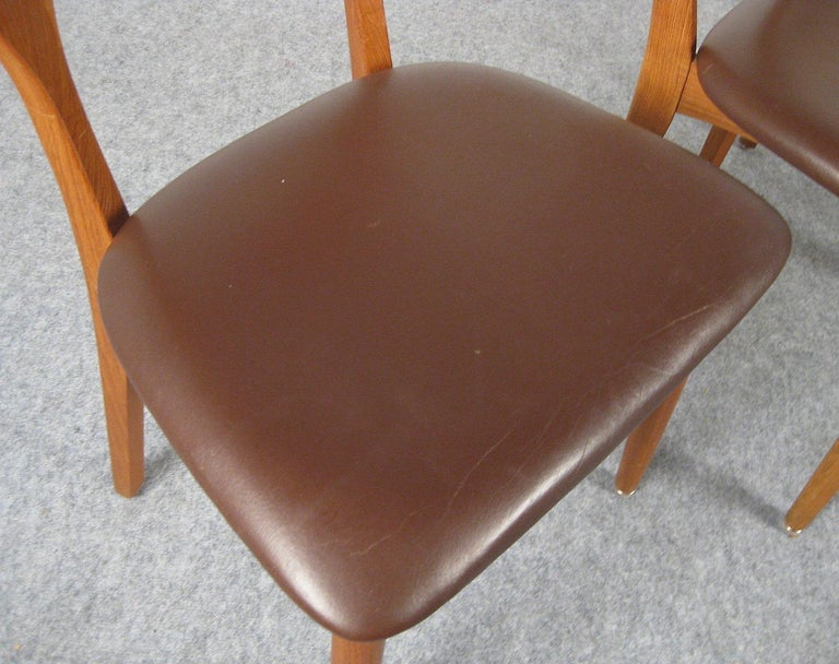 Niels Kofoed, 6 Chairs and Dining Table, Model Peter, Teak, Brown Leather For Sale 9