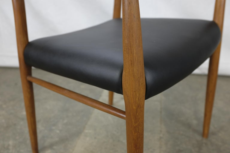 Mid-20th Century Niels Møller No. 56 Armchair in Teak and Black Leatherette For Sale