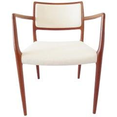 Niels Möller Model 65 Lounge Chair