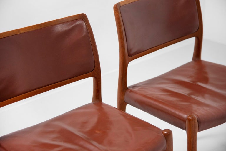 Niels Moller Model 80 teak chairs 6x Denmark 1966 In Good Condition For Sale In Roosendaal, Noord Brabant