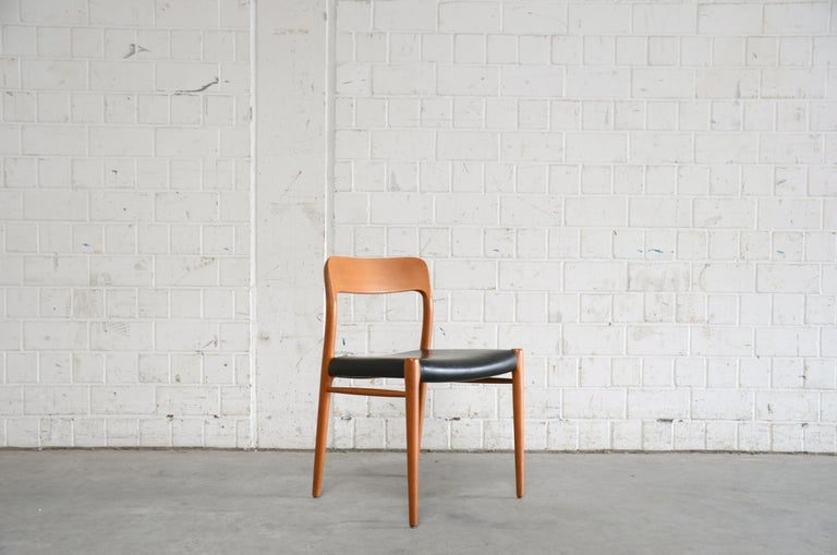 Late 20th Century Niels Möller Modell 75 Danish Teak Dining Leather Chair for J.L. Möllers