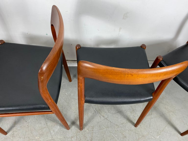 Niels Möller Modell 75 Danish Teak Dining Leather Chair for J.L. Möllers In Good Condition For Sale In Buffalo, NY