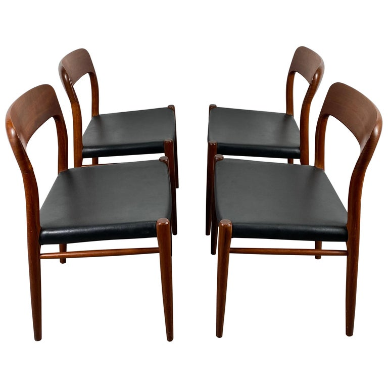 Niels Möller Modell 75 Danish Teak Dining Leather Chair for J.L. Möllers For Sale