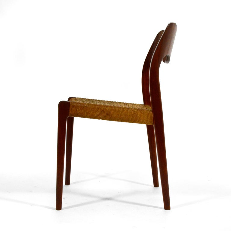 Mid-20th Century Niels O. Møller Dining Chairs Model 71 by J.L. Møllers Møbelfabrik For Sale