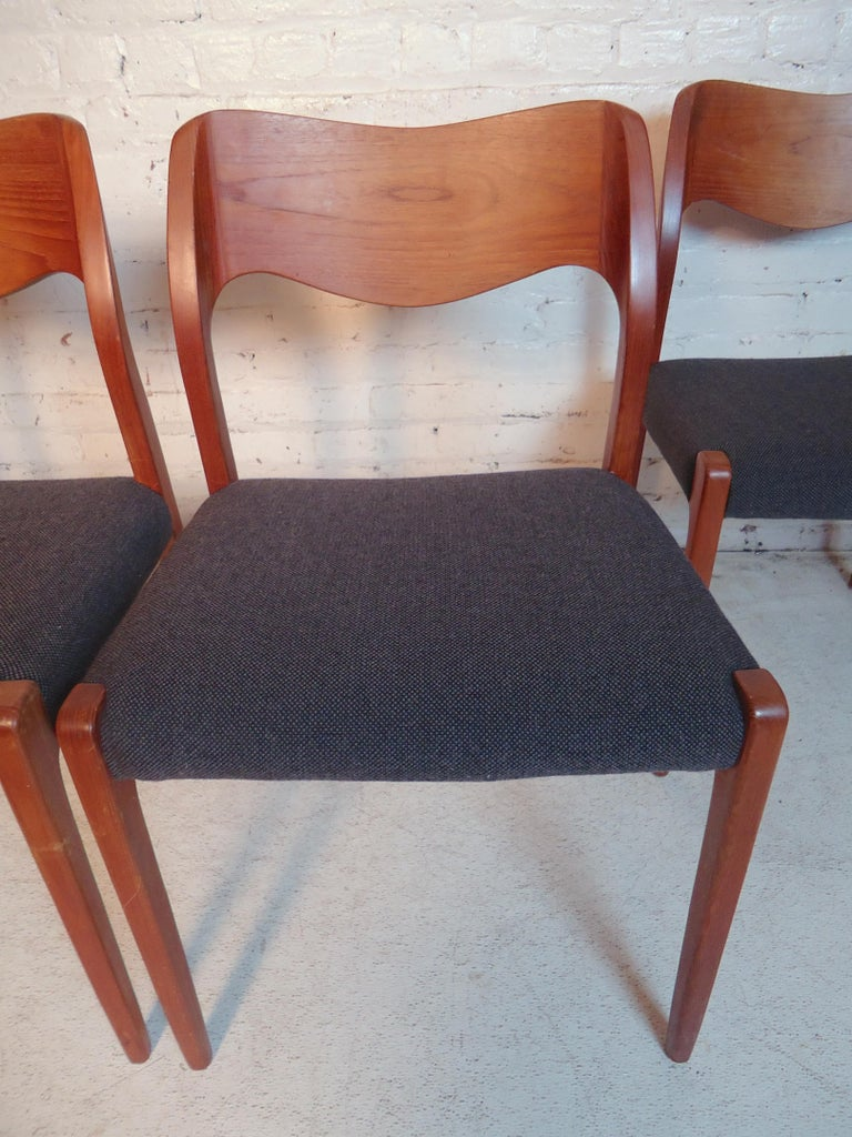 Niels O. Møller Model #71 Dining Chairs In Good Condition For Sale In Brooklyn, NY