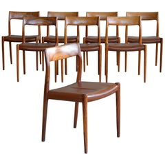 Niels O. Møller Set of Eight Rosewood Model 77 Dining Chairs with Leather Seats
