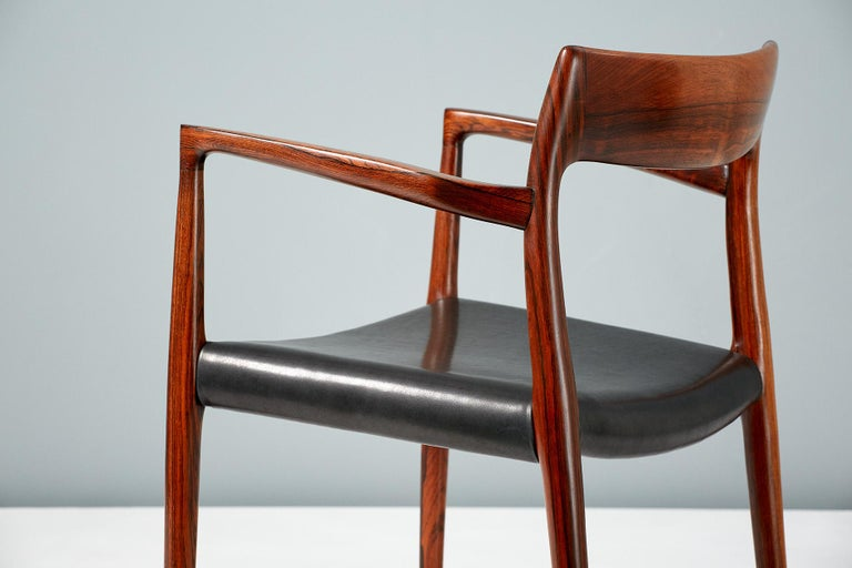 Mid-20th Century Niels O. Moller Model 57 Rosewood Carver Chair For Sale