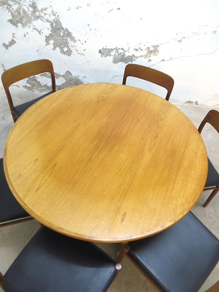 Niels O. Möller No. 75 Danish Modern Teak Dining Table with 6 Chairs, Set, 1960s For Sale 6