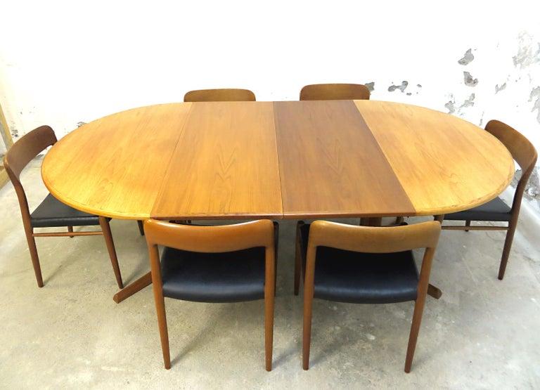 Scandinavian Modern Niels O. Möller No. 75 Danish Modern Teak Dining Table with 6 Chairs, Set, 1960s For Sale
