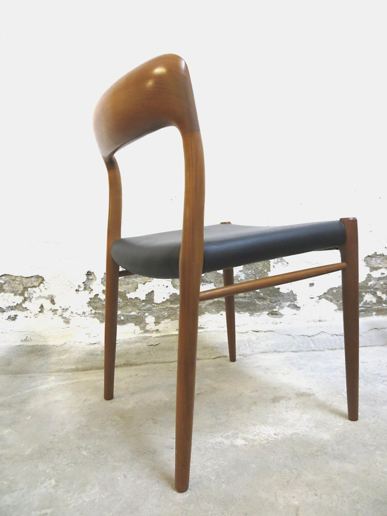 Niels O. Möller No. 75 Danish Modern Teak Dining Table with 6 Chairs, Set, 1960s For Sale 1