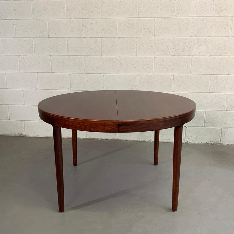 Niels O Moller Round Rosewood Extension Dining Set For Sale 4