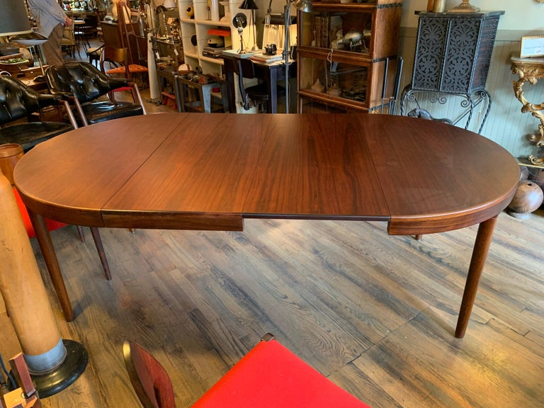 Niels O Moller Round Rosewood Extension Dining Set For Sale 6