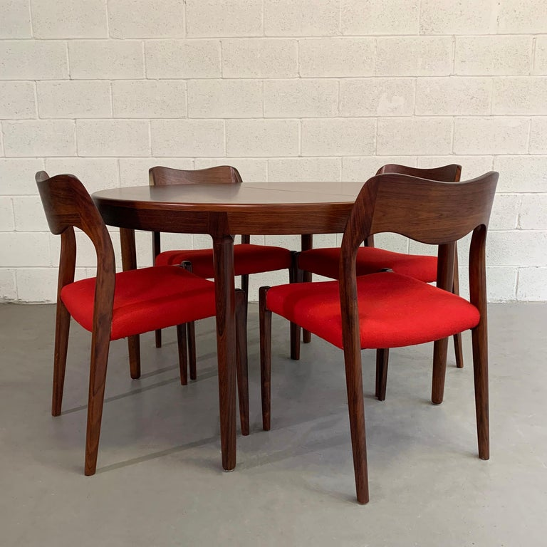 Danish Niels O Moller Round Rosewood Extension Dining Set For Sale