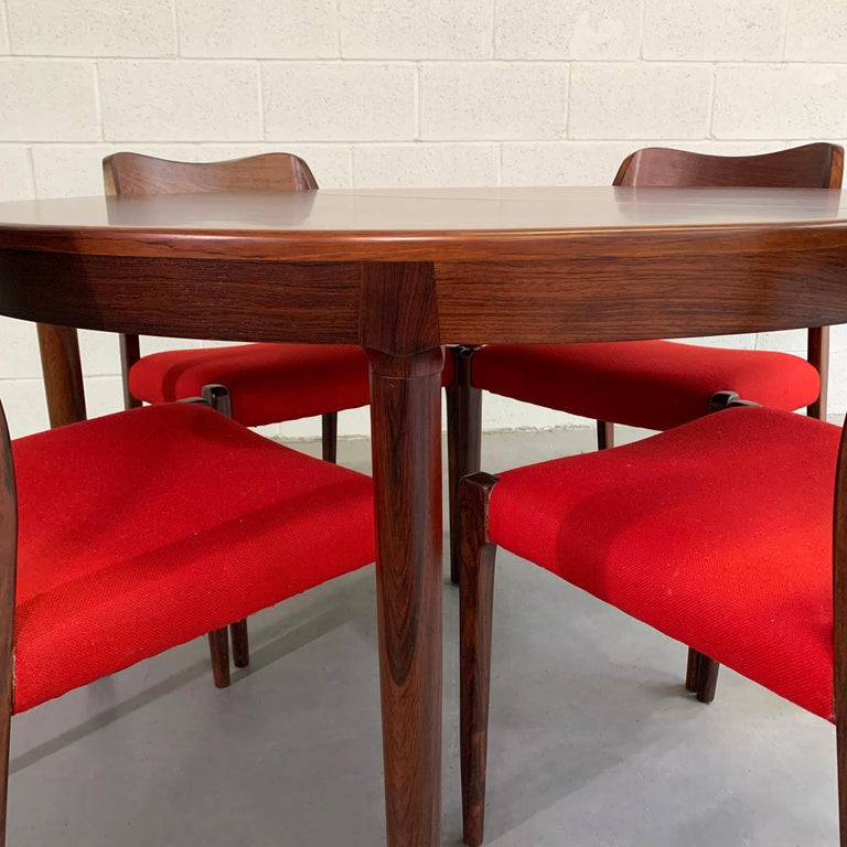 Fabric Niels O Moller Round Rosewood Extension Dining Set For Sale