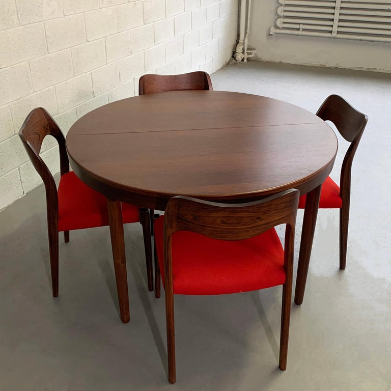 Niels O Moller Round Rosewood Extension Dining Set For Sale 1