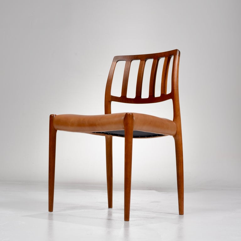 Niels Otto Møller Rosewood and Leather Dining Chairs, Model 83, Set of Six In Good Condition For Sale In Los Angeles, CA