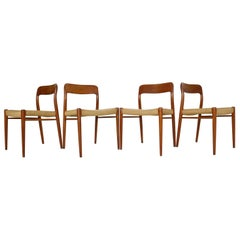 Niels Otto Møller Set of 4 Dinning Room Chairs Model 75, 1970s Denmark