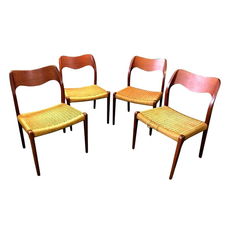 Niels Otto Møller Set of 4 Mid-Century Modern Model 71 Paper Cord Dining Chairs For Sale
