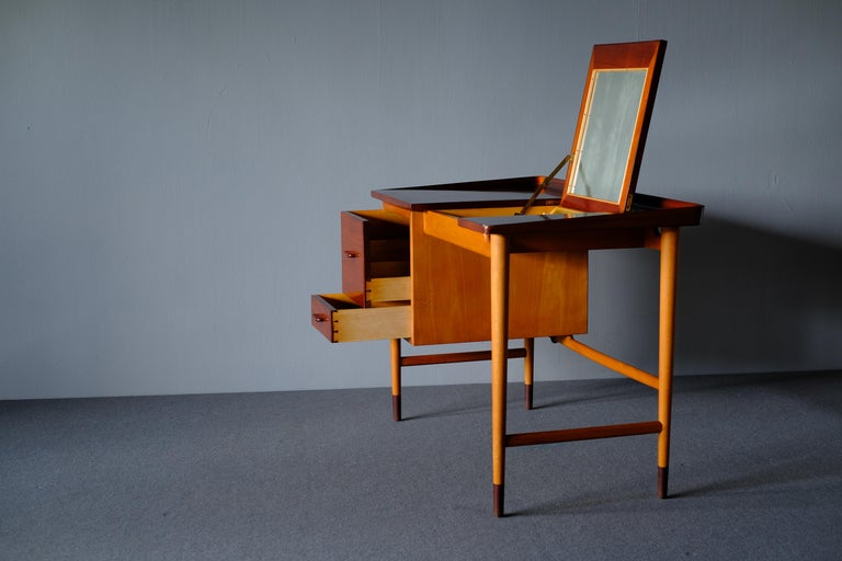 Mid-Century Modern Niels Vodder, Beech and Mahogany Dressing Table For Sale