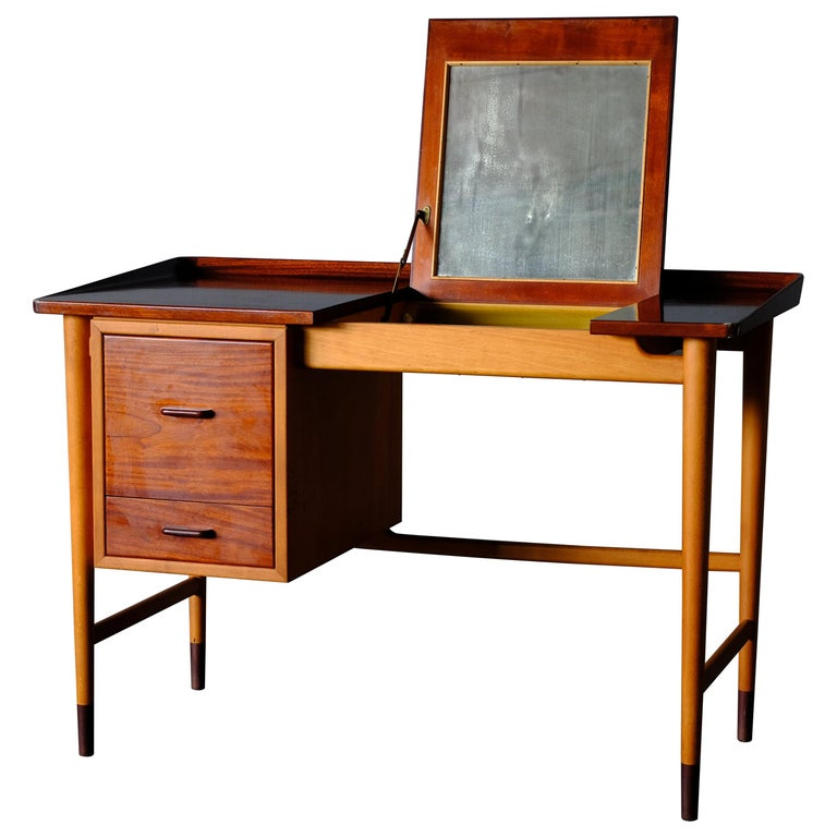 Niels Vodder, Beech and Mahogany Dressing Table For Sale