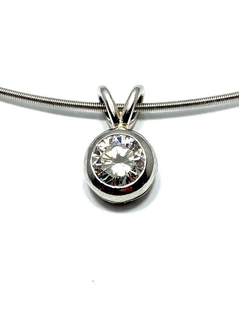 Round Cut Niessing 1.15 Carat Round Diamond Contemporary Platinum Necklace For Sale
